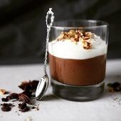 Gourmandise 😋😋😋 je ne peux pas résister quand il s'agit de chocolat 🍫   Et vous ?!   ●•●•●•●•●•● #chocolat #chocolate #chocolataddict #food #instafood #foodlover #foodstagram #recette #faitmaison #miam #gourmandise #yummy