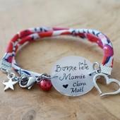 Dans moins d'un mois, c'est la fête des Mamies ❤️  Retrouvez des idées cadeaux : bracelet, marque page, porte clé personnalisés pour un cadeau unique et fait main 😀  Pour passer commande, rendez vous sur la boutique : https://www.dansmonatelier.fr/fr/74-mamie  👉 les commandes sont crées sous 2/3 jours et envoyés avec suivi par la poste 👉 les bijoux sont livrés avec des pochettes cadeaux  #dansmonatelier #mamie  #bracelet #bijoux #faitmain #madeinfrance